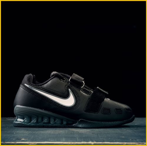 NIKE Romaleos 2 - Shop now in the German Weightlifting Shop c07b6f11e7